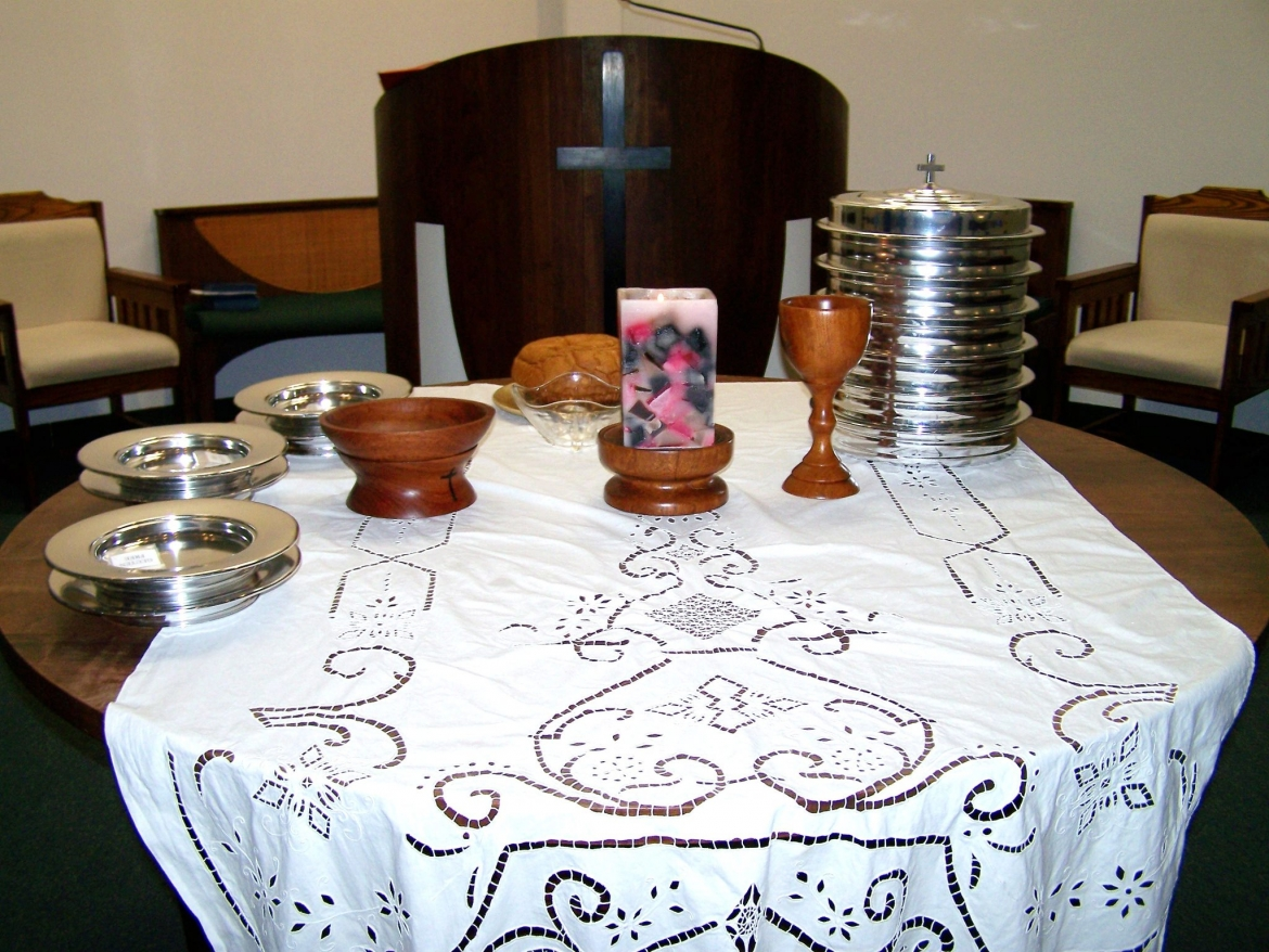 Communion set up
